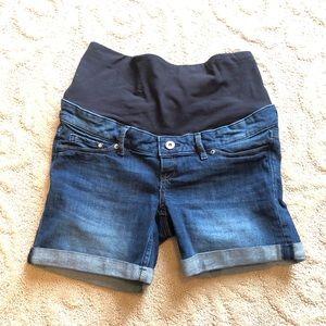 H&M maternity jean shorts, size 8